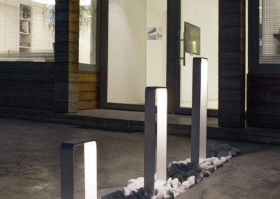 Scenic-Lighting-minimulist-entrance