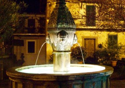 Scenic-lightin-french-fountain